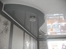 Двухуровневые потолки – свежее решение в интерьере