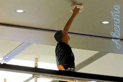 Правила эксплуатации и ухода за потолком