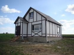На что стоит обратить внимание при выборе готового проекта каркасного дома под ключ