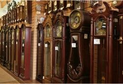 напольные часы для дома и квартиры