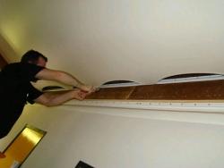 что нужно знать про ремонт натяжного потолка