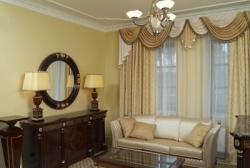 Как выбираются шторы в гостиную