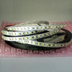 светодиодная лента для декоративной подсветки в интерьере